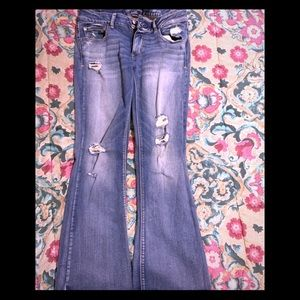 American Eagle size 12 distressed jeans